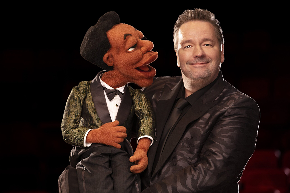 Terry Fator: Who's the Dummy Now - Julius
