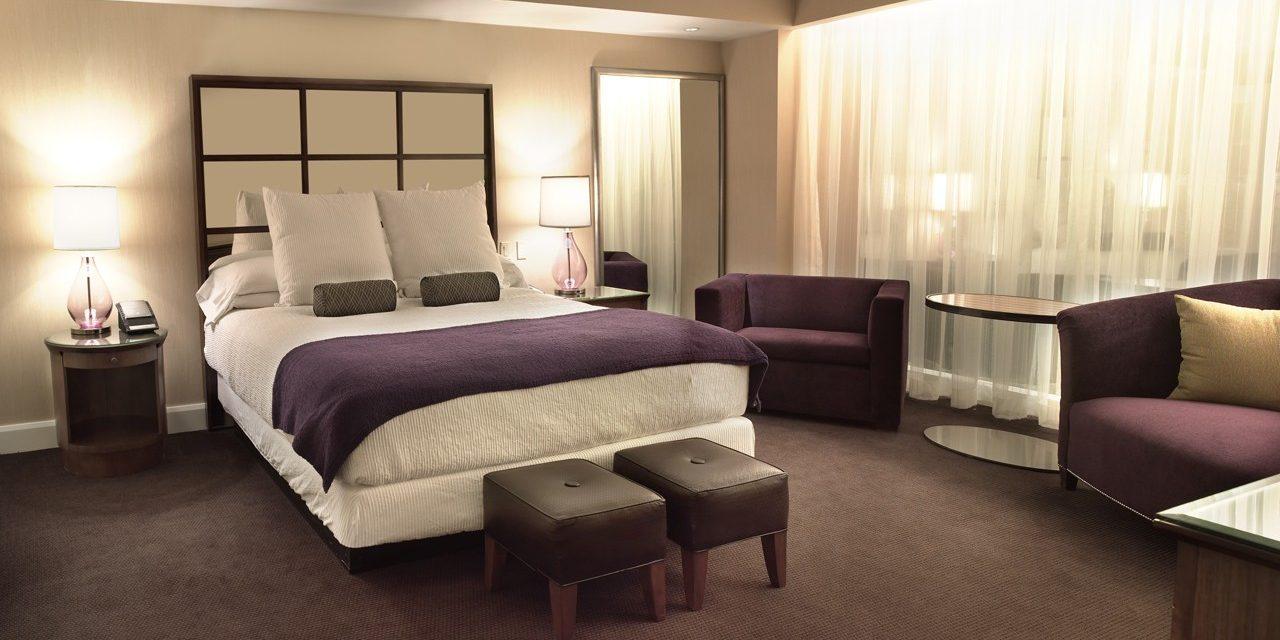 Forum Petite Suite, 1 King Bed, Non-Smoking