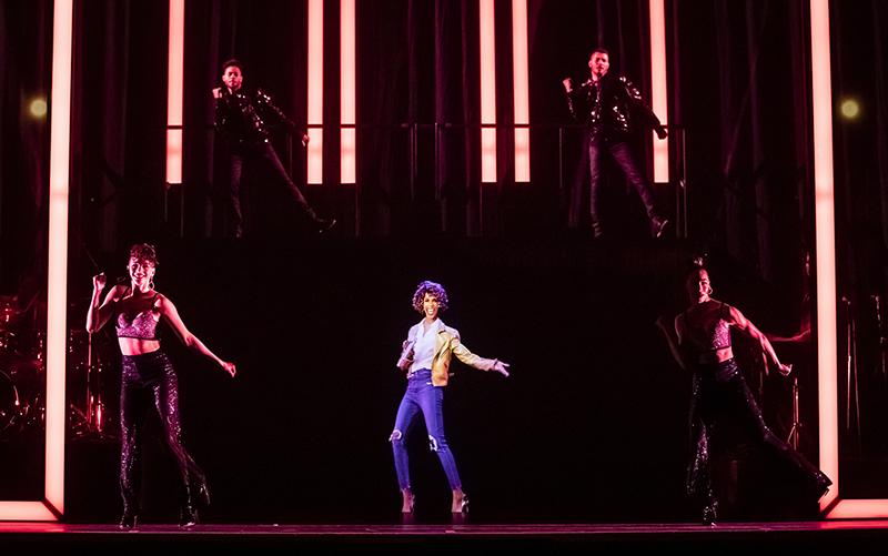 An Evening with Whitney: The Whitney Houston Hologram Concert - Whitney Houston Slideshow 2