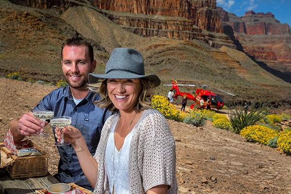 King of Canyons Landing with Limo - Grand Canyon Champagne Toast