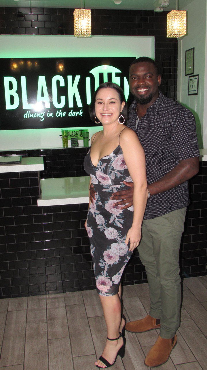 BLACKOUT Dining in the Dark -