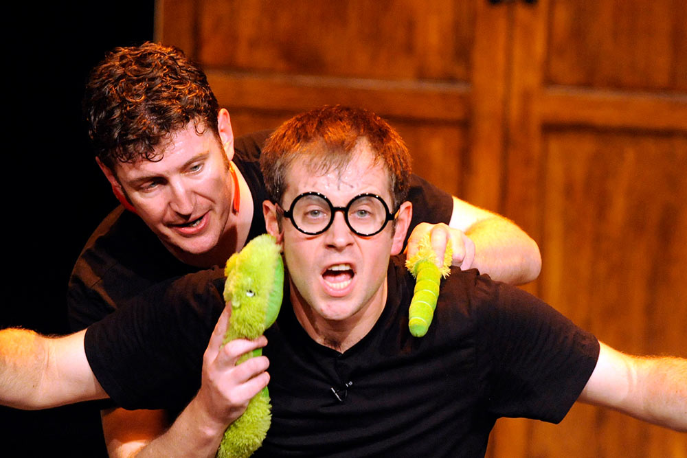 Potted Potter - All 7 Harry Potter books in 70 minutes -
