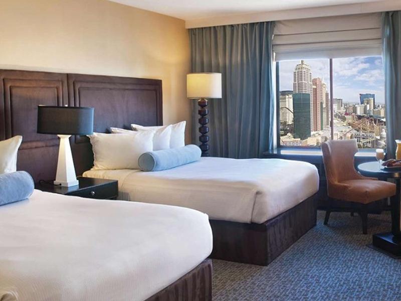 Resort Strip View Two Queen Room