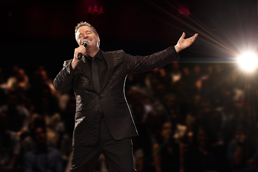 Terry Fator: Who's the Dummy Now -  Terry Fator 2021 Slideshow 8