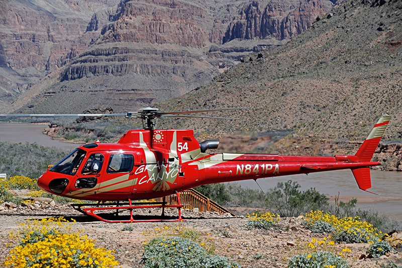 Grand Canyon Voyager - Helicopter Landing