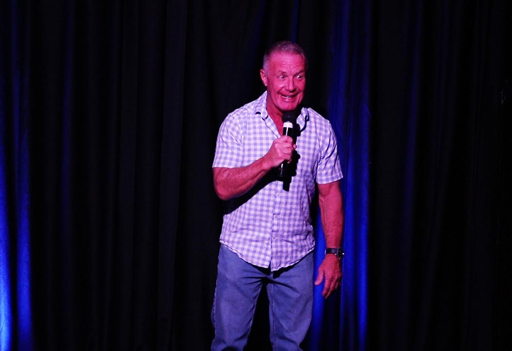 Delirious Comedy Club - Ron Coleman