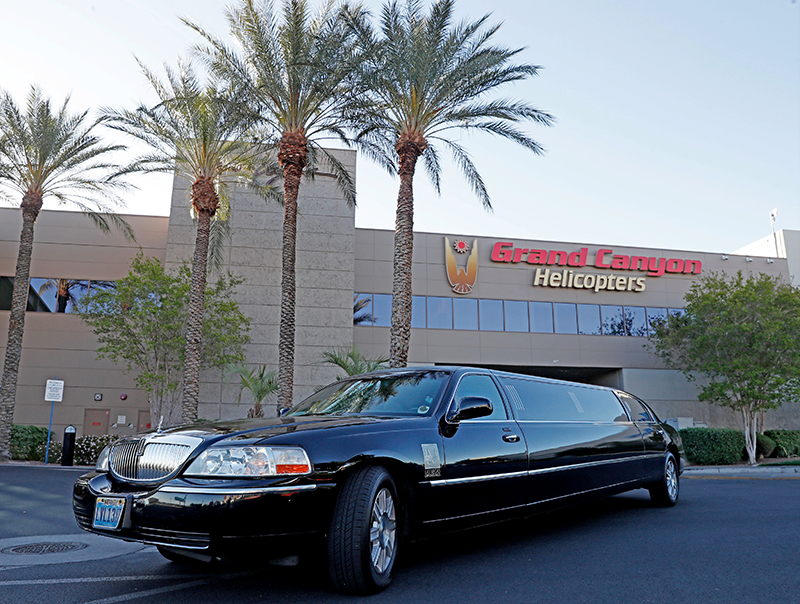 King of Canyons Landing with Limo - Limo Ride to Helicopter Pad