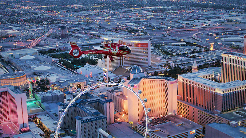 King of Canyons Landing with Limo - Helicopter Ride Above The Strip