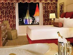 Excalibur Royal Luxury Suite