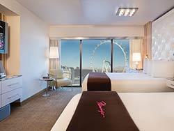 Flamingo Go Room Two Queens
