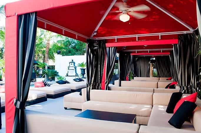 4/15 - evolve Beach Club Topless Optional - Artisan Hotel