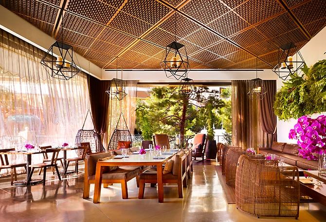 Wynn las vegas for Wynn hotel decor