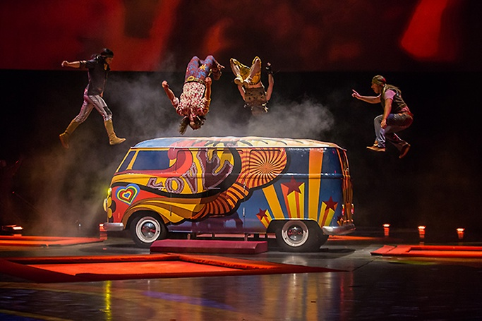 The Beatles LOVE by Cirque du Soleil - THE BEATLES LOVE BY CIRQUE DU SOLEIL