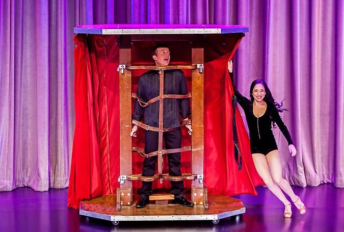 Nathan Burton Comedy Magic Show - Nathan Burton