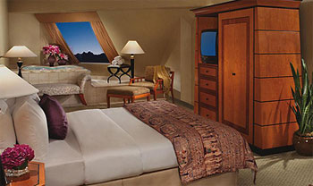 Luxor Spa Suite