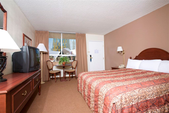 Travelodge King Room Slideshow Image