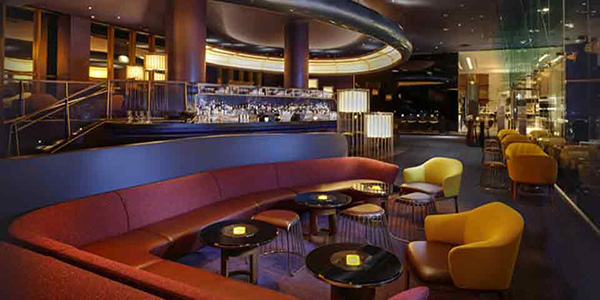 https://www.vegas.com/traveltips/top-10-las-vegas-upscale-bars/skyfall.jpg