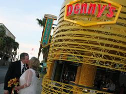 Weddings at Denny's